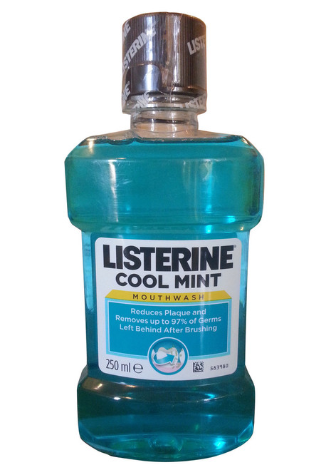 Listerine Cool Mint Mouth Wash Front
