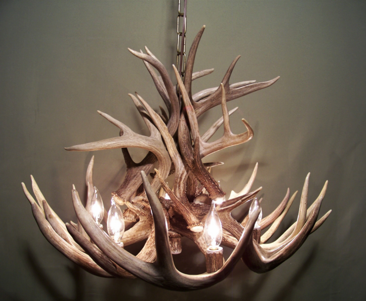 Arkansas deer antler chandelier free shipping arkansas deer antler chandelier 28 w x 16 t aloadofball Image collections