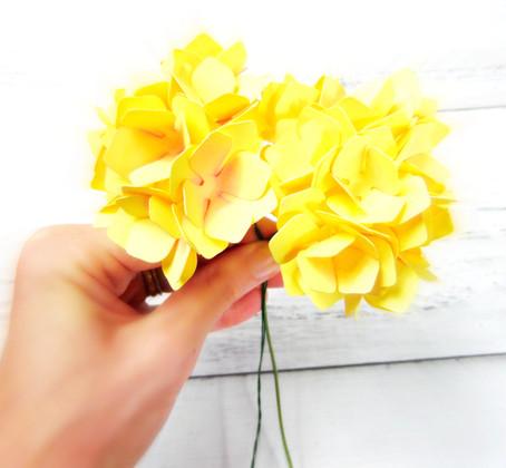 Easy paper hydrangeas