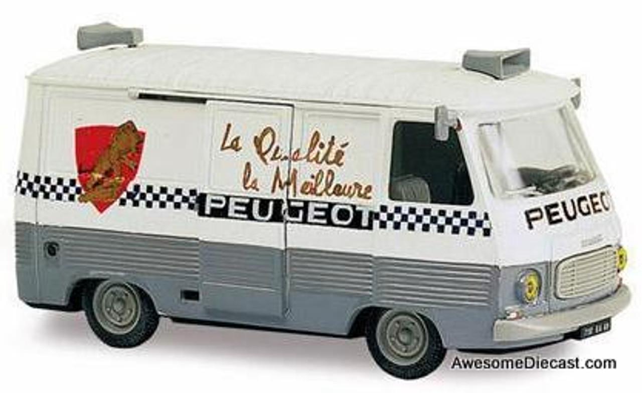 """Altaya 1:43 Peugeot J7 """"Cycles Peugeot"""""""