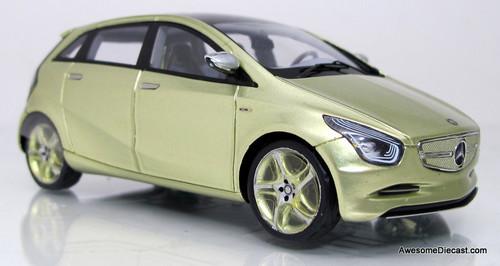 Spark 1:43 2010 Mercedes-Benz Zero Concept