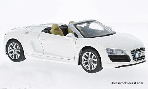 Maisto 1:24 Audi R8 Spyder - White