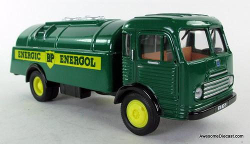 Corgi 1:50 Simca Fuel Tanker: BP Oil