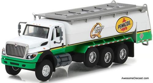 Greenlight 1:64 2017 International WorkStar Tanker Truck: Pennzoil/Quaker State