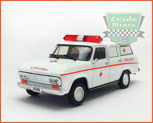 IXO 1:43 Chevrolet Veraneio  Ambulance: Rio di Janero