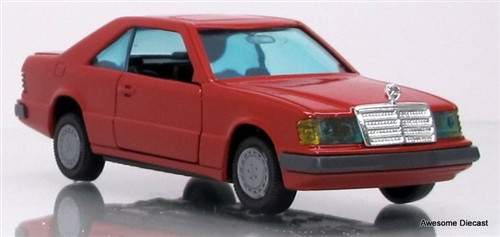 Gama mini 1:43 Mercedes-Benz Coupe 300 CE