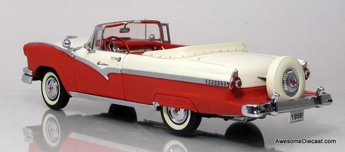 Danbury Mint 1:24 1956 Ford Sunliner