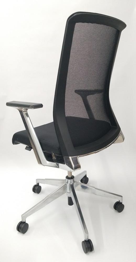Haworth Very Chair Executive Edition Mesh Back