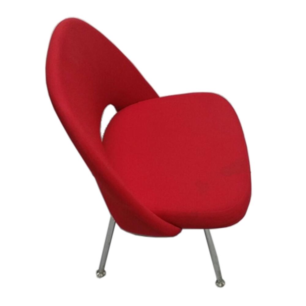 knoll eero saarinen executive armless chair