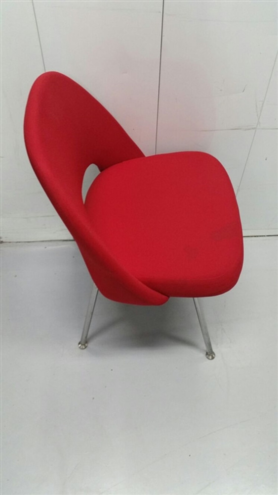 & Knoll Eero Saarinen Executive Armless Chair