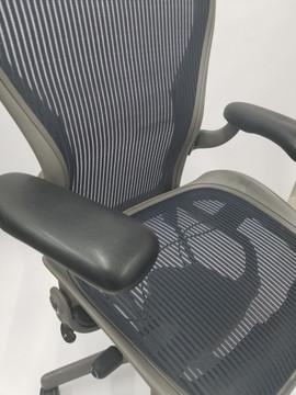 Herman Miller Aeron Chair Size B Gray Base Navy Mesh With Lumbar
