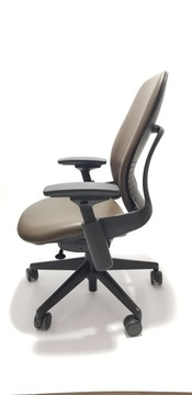Steelcase Leap Chair V2 In Dark Brown Leather