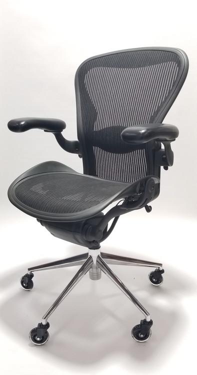 Herman Miller Aeron Chair Size B Black Polished Base