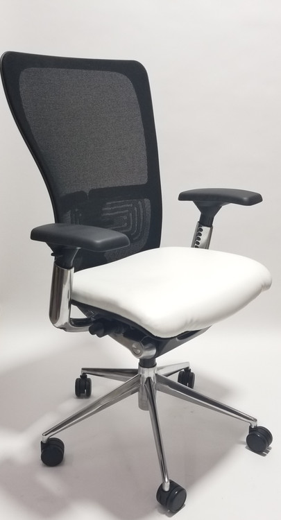 Haworth Zody Chair In Leather Fully Adjustable Model In Gray