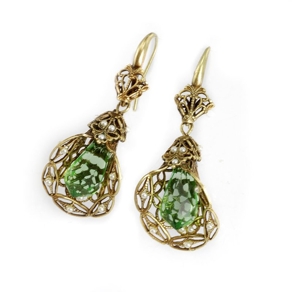 Vintage Filigree Earring with Green Crystal