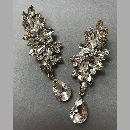 Elongated Crystal Cluster with Dangle