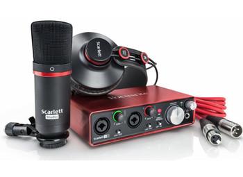 Focusrite Scarlett 2i2 Studio 2nd Gen Audio Interface Pack