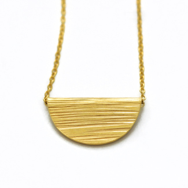 Gold ripple fold necklace