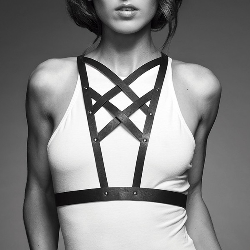 Maze Vegan Leather Cross Cleavage Harness