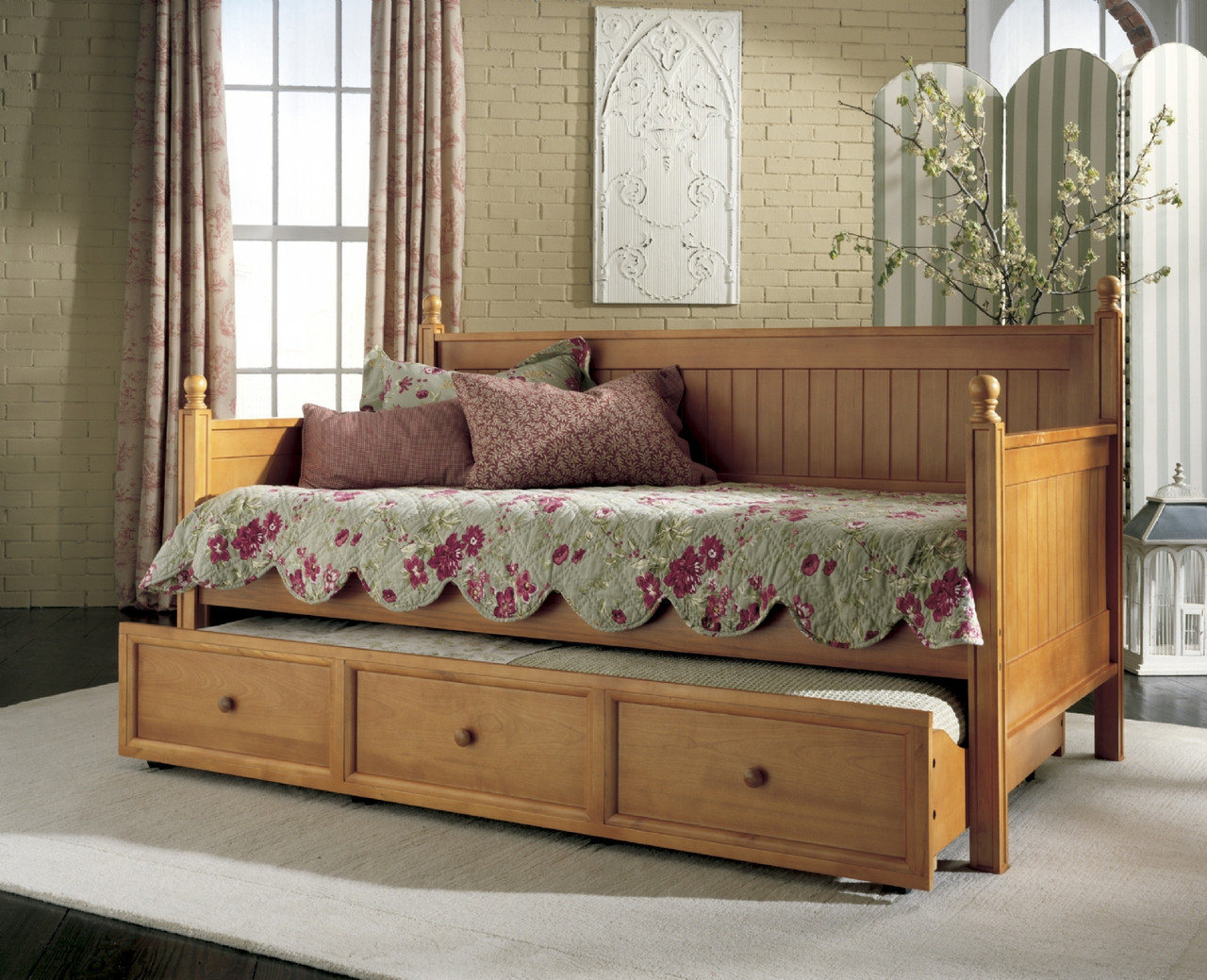 Fashion Bed Group Casey Daybed with Trundle in Honey Maple ...