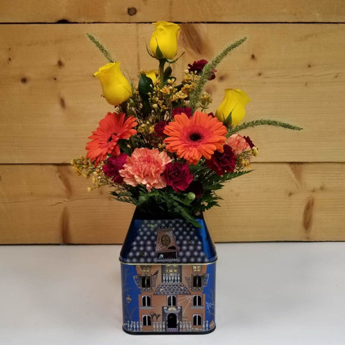 Spooktacular Blooms (SCF18F12) by Savilles Country Florist.  Flower and Plant delivery to Orchard Park, NY and the surrounding area including same day delivery to Hamburg, West Seneca, East Aurora, Blasdell and Buffalo NY