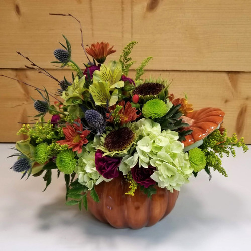 Country Flair (SCF18F18) by Savilles Country Florist.  Flower and Plant delivery to Orchard Park, NY and the surrounding area including same day delivery to Hamburg, West Seneca, East Aurora, Blasdell and Buffalo NY