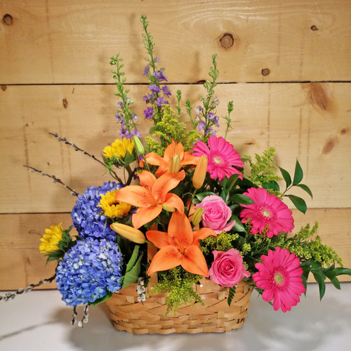 Spring Garden Flower Basket By Savilles Country Florist Delivery To Orchard Park Hamburg