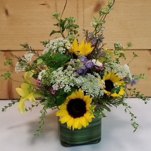 Herbal Treasures (SCF18D41) Flower delivery to Orchard Park, West Seneca, Hamburg, East Aurora, Buffalo NY and the surrounding suburbs