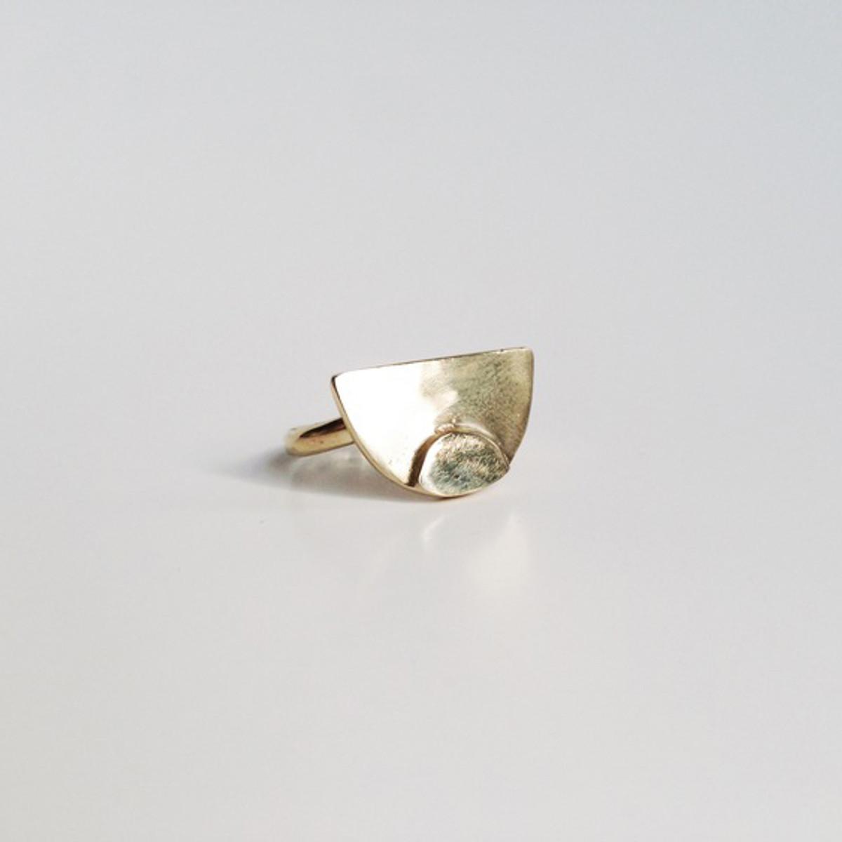 Brevi Ring