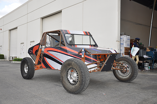 SANDRAIL GLOSS VEHICLE WRAPS WITH CUSTOM DESIGN