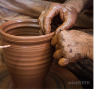 What's the difference between pottery and ceramics?