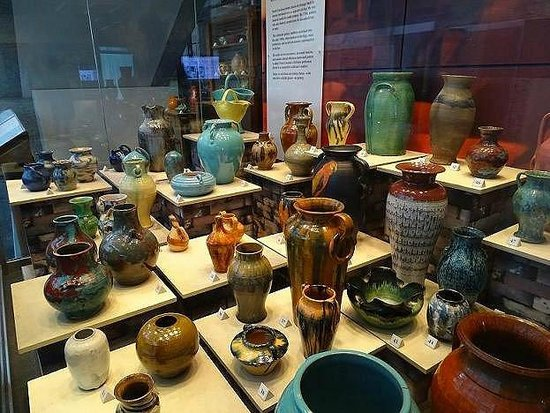 Where is Seagrove Pottery?
