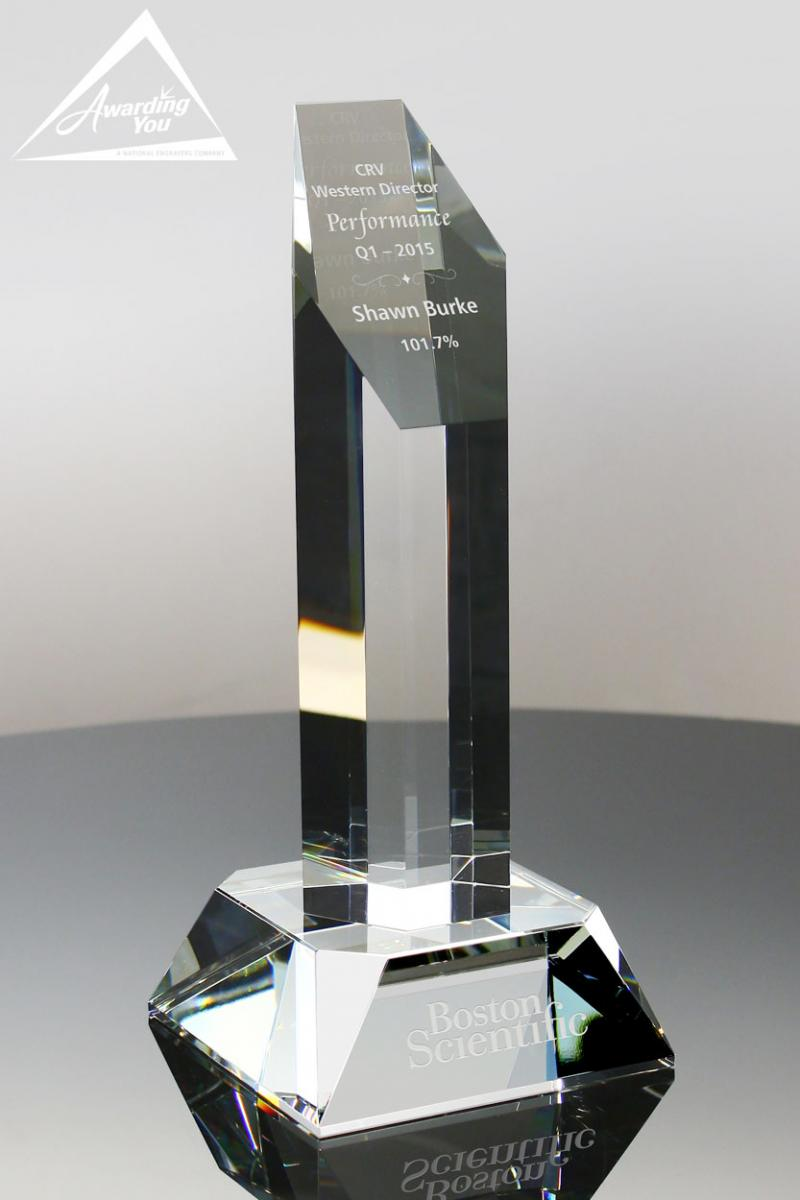 The Centaurus Performance Optic Crystal Award is ideal for managment award categories
