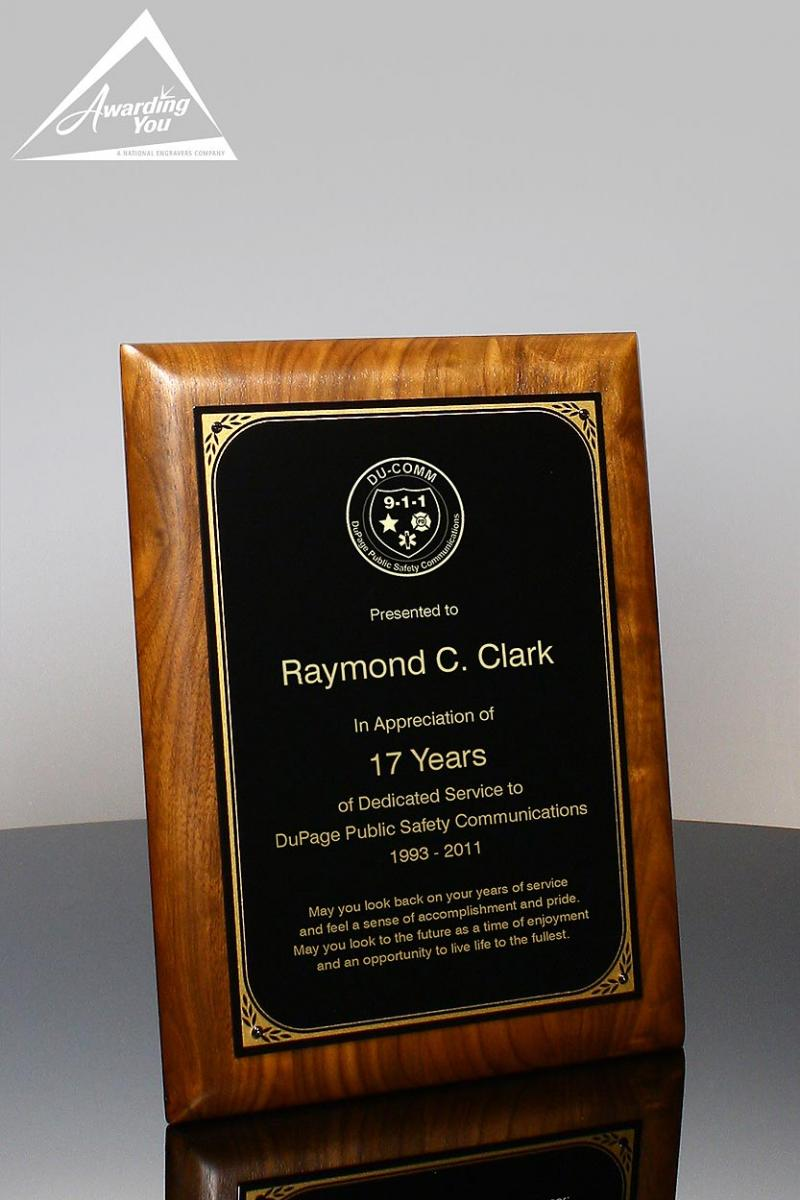 Set a precedence with a traditional plaque for managers