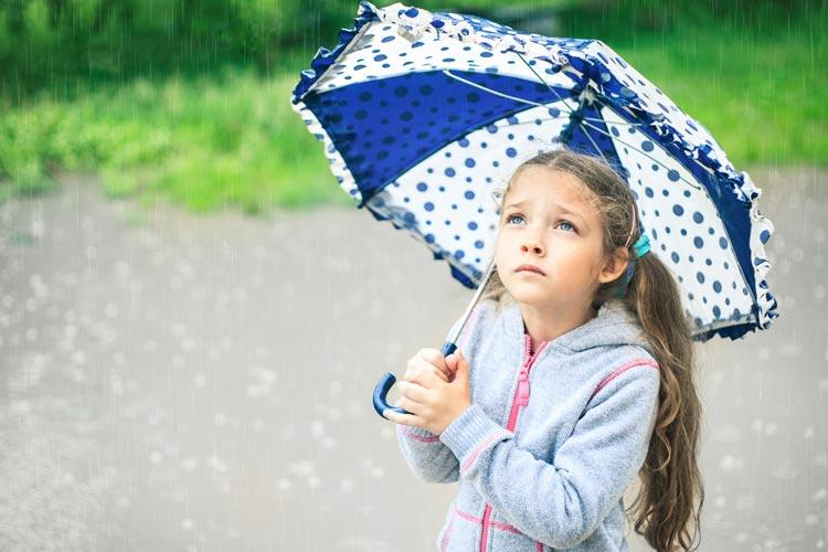 girl-with-umbrella-in-the-rain.jpg