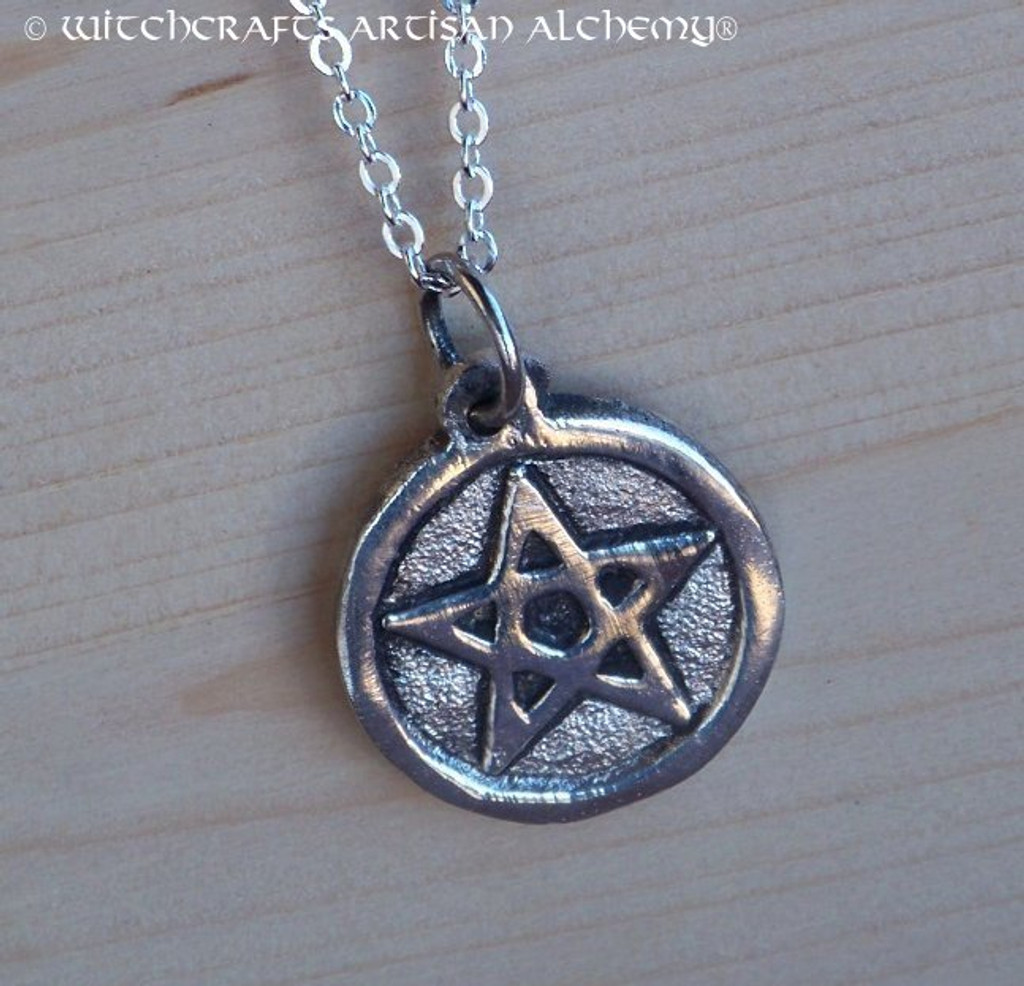 WITCH'S POWER Pentacle Necklace
