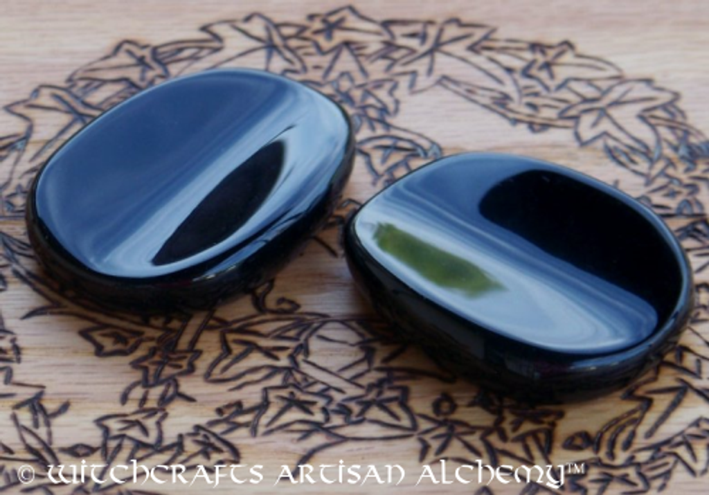 Hand Carved BLACK ONYX Scrying Palm Stone