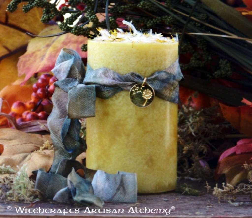 """OLD WORLD DANDELION 24K Gold Plated Charmed """"Old European Witchcraft"""" Pillar Candle"""