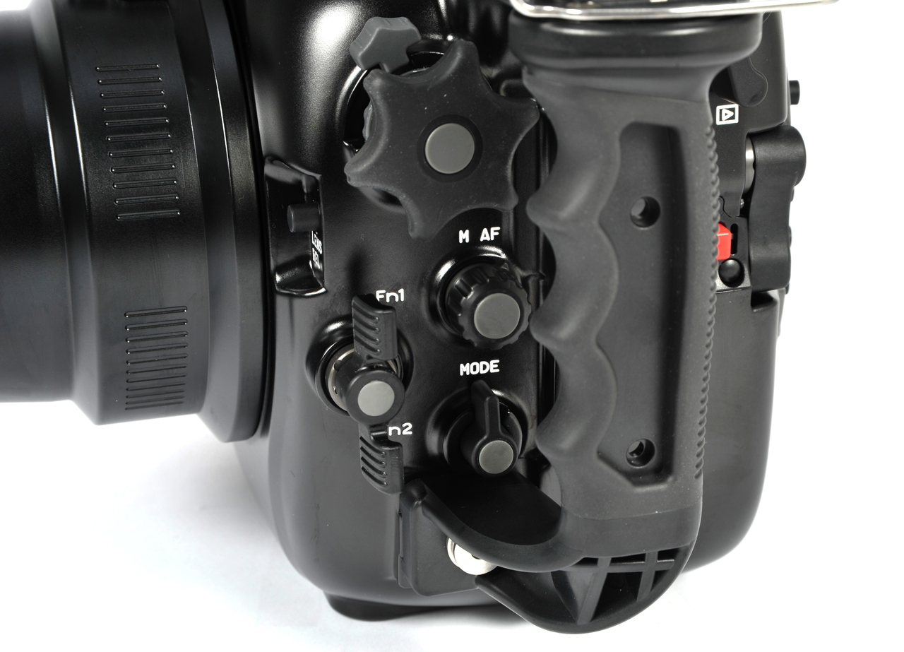17219 NA-D5 Housing for Nikon D5