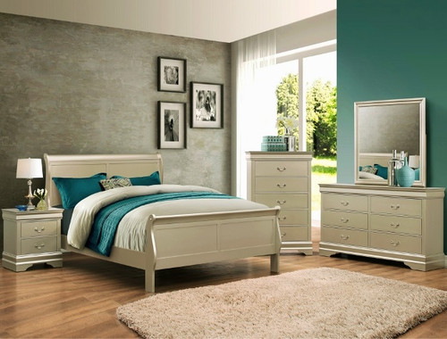 LOUIS PHILLIP BED IN CHAMPAGNE