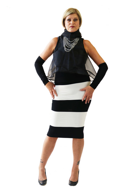 BLACK & WHITE BLOCK SKIRT