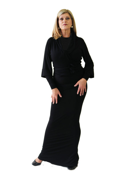 Beautiful Bamboo Wrap jacket seen with black tank and perfect symphony skirt.  The three quarter length sleeve on the wrap jacket are the perfect length for instruments with the option of adding the arm gloves to lengthen the look.