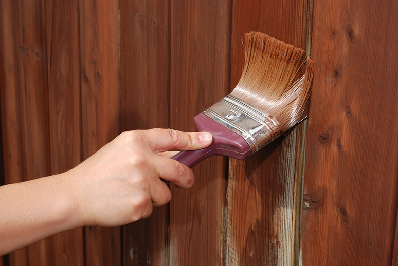 Finishing Touches Make the World of Difference to Your Fence