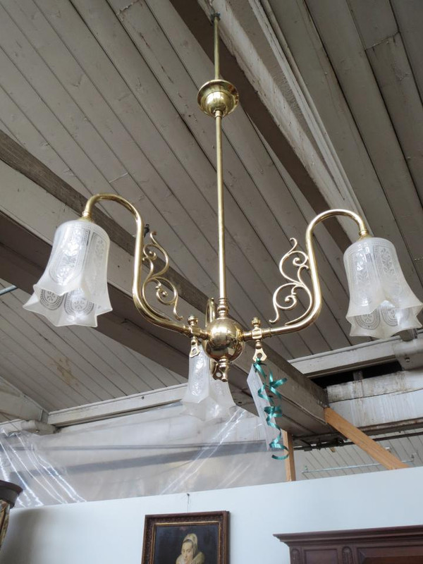 brass three tiered light