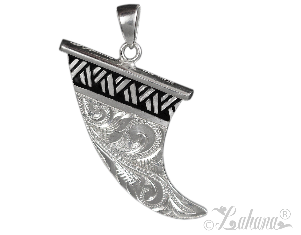 fin-skeg-pendant-with-tapa-intricate-scroll-wm-41284.1492276614.jpg