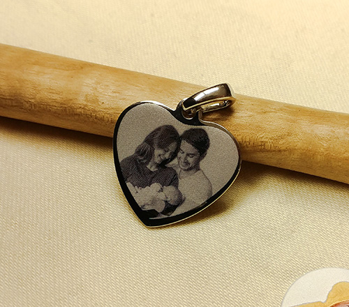 Baby heart engraved jewelry