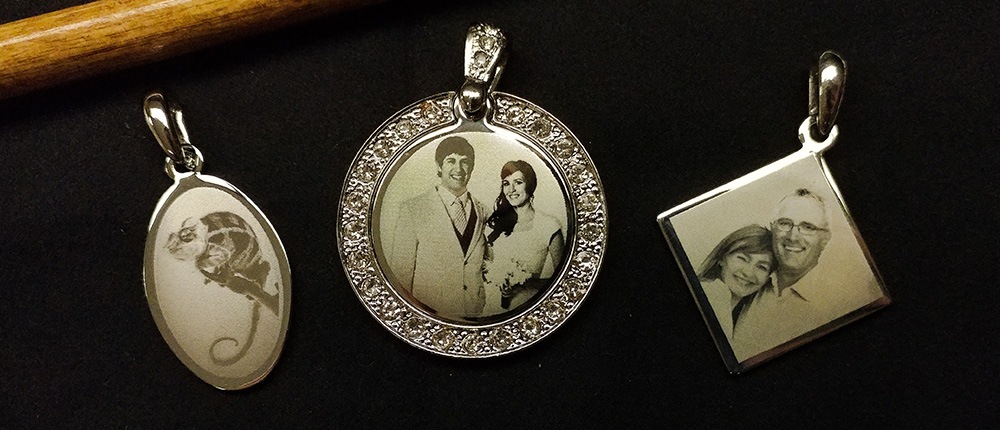 Different Style Photo Engraved Jewelry