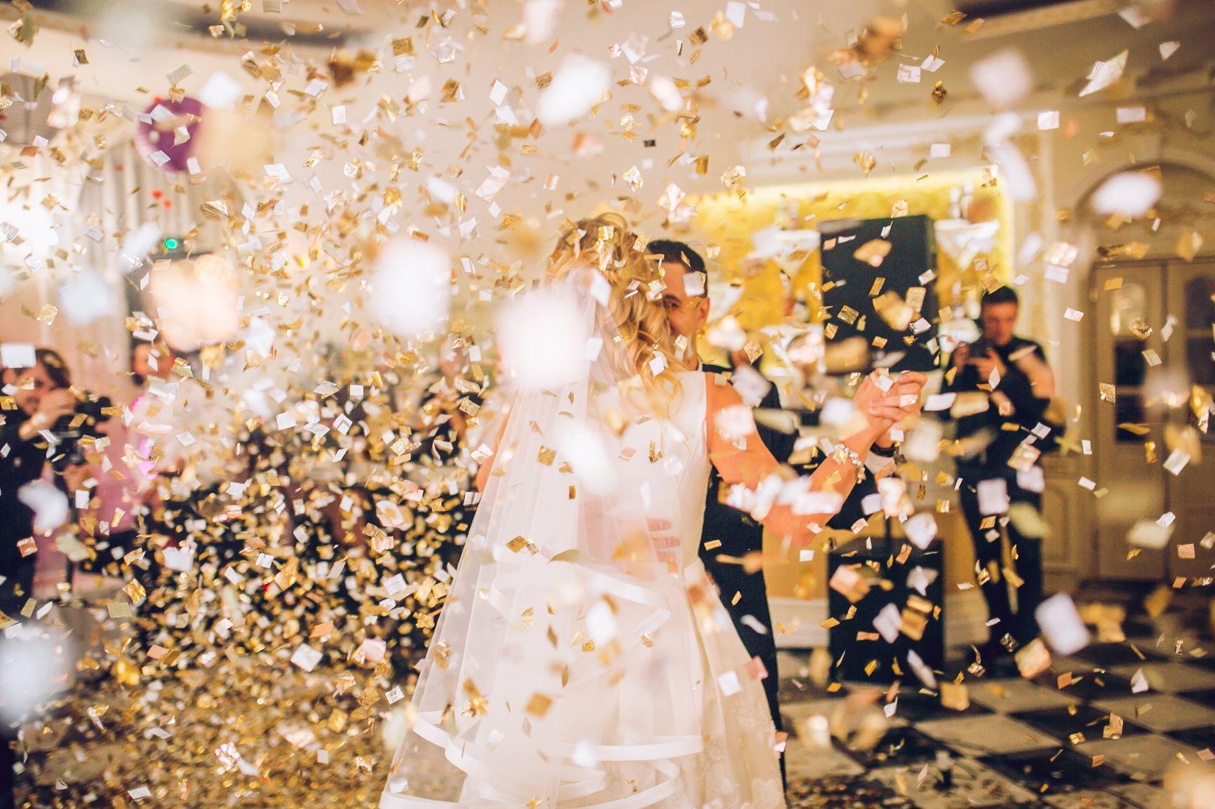 wedding-confetti-cannons.jpg