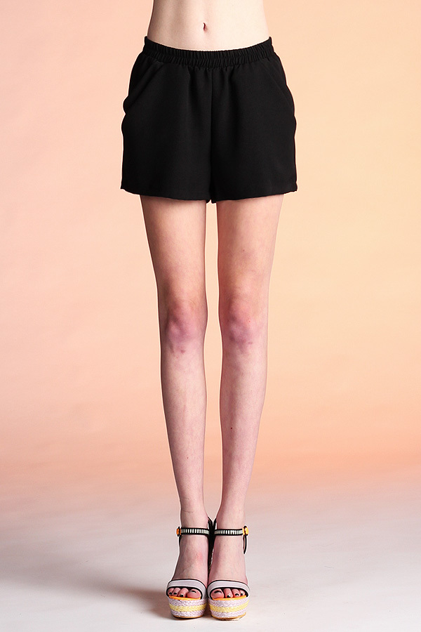 Double Pocket Solid Shorts P-1620