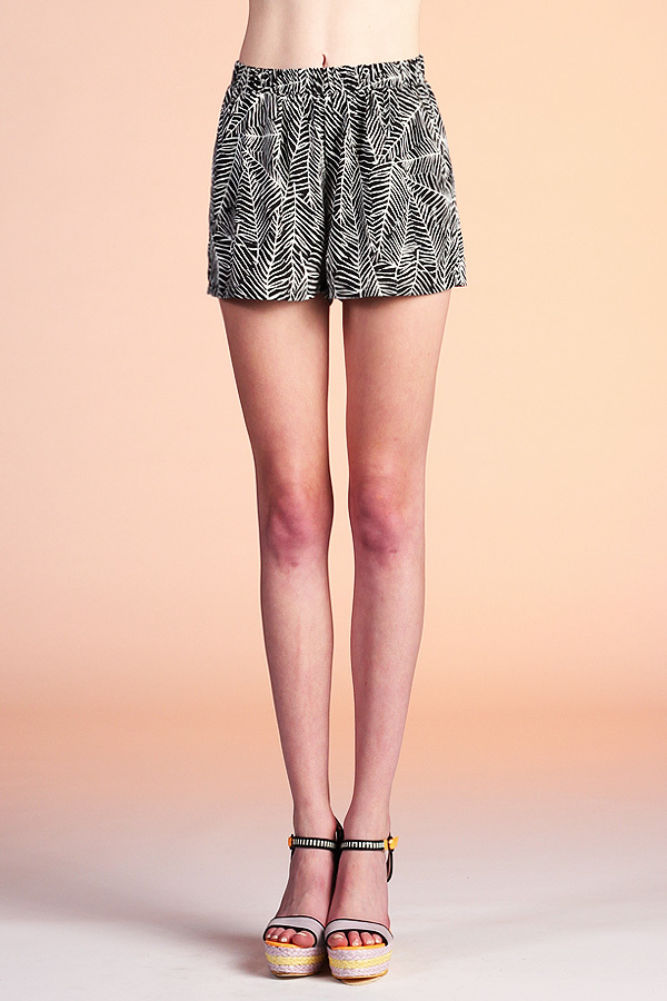 Leaf Impression Shorts P-3241